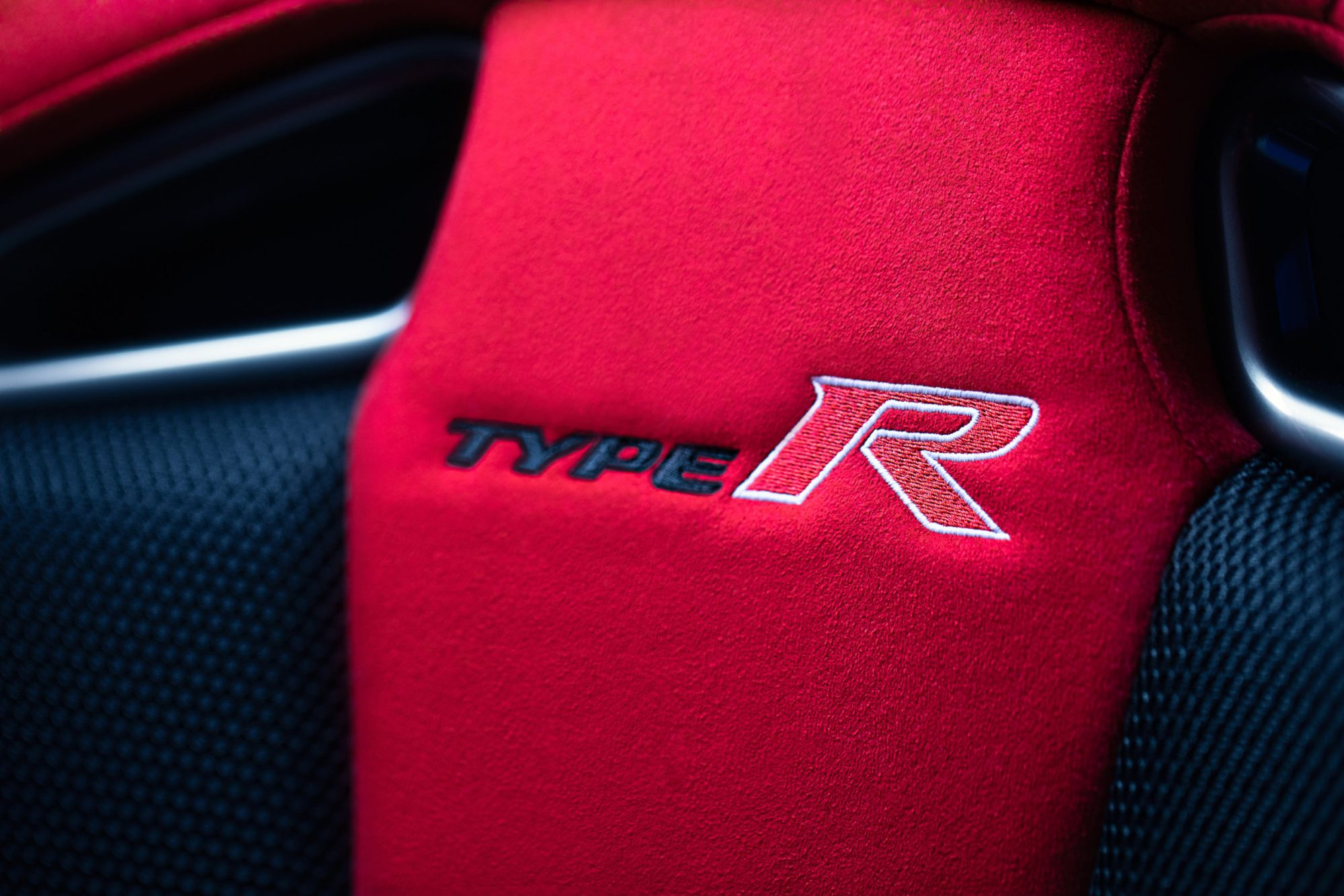 type-r-gt-interior-detail-scaled