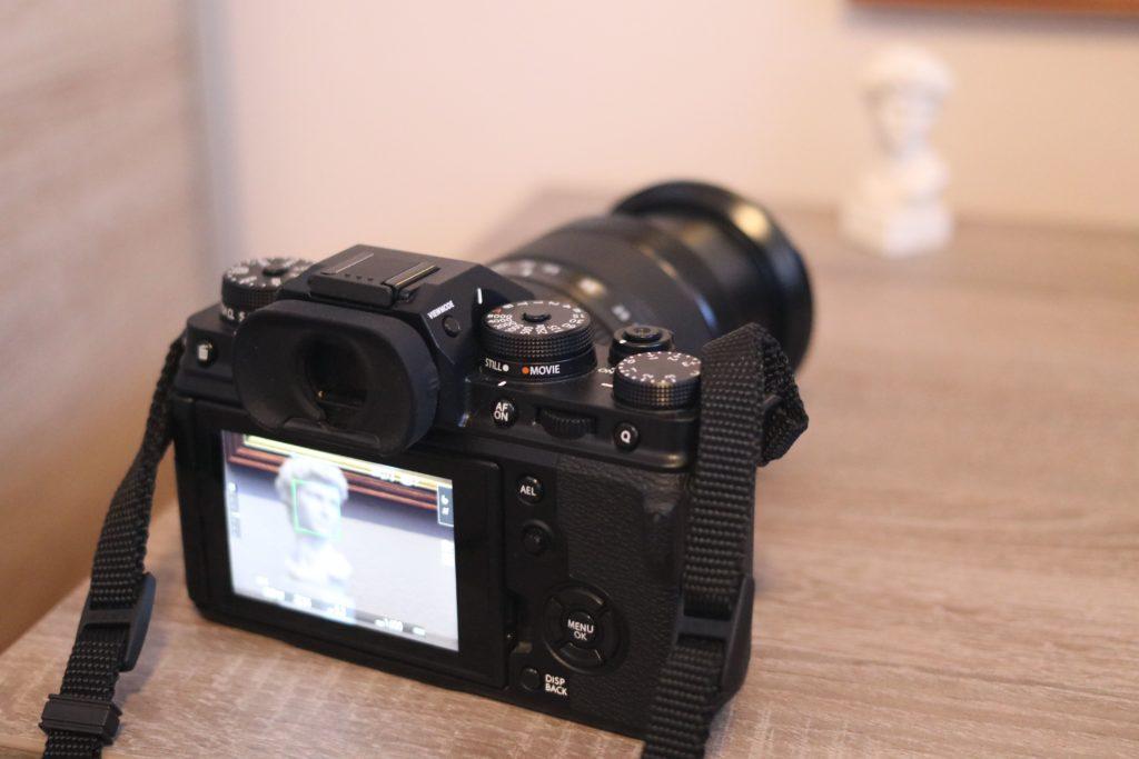 Prova di scatto fotografico con la mirrorless