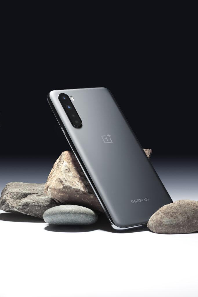 Il design di OnePlus 8T