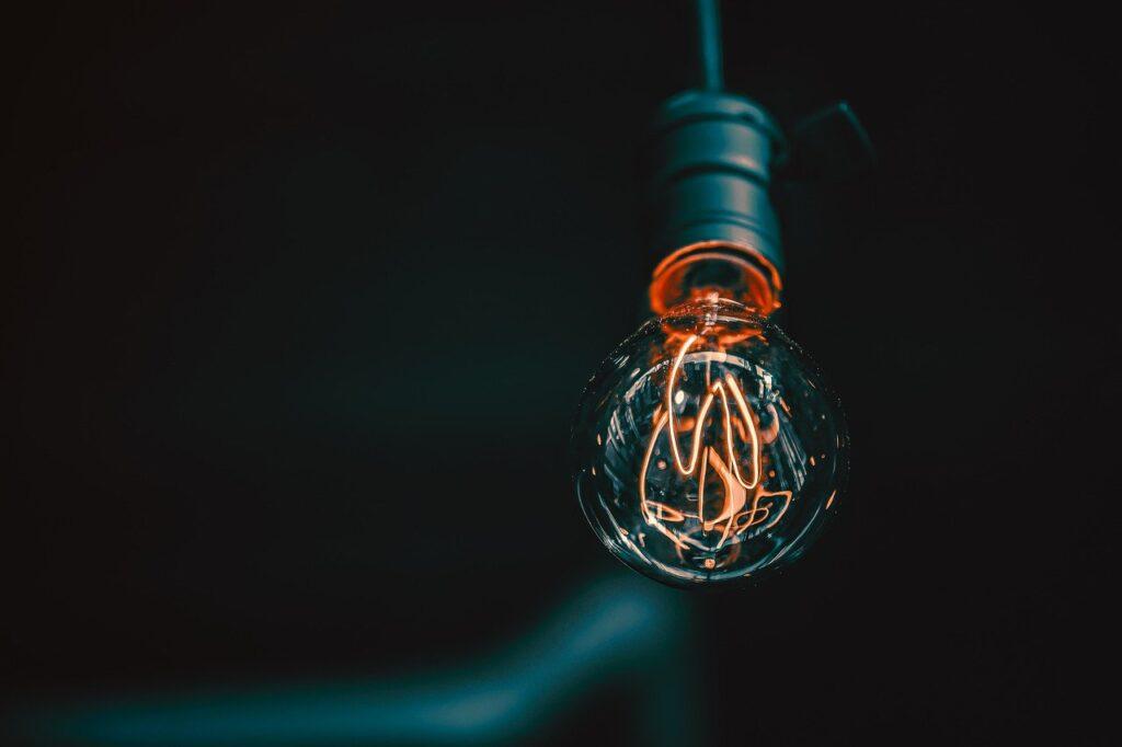 Lampadina di luce ad energia elettrica