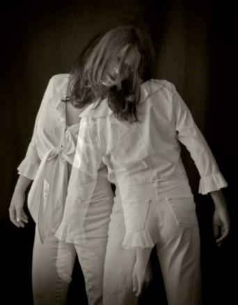 (Immagine 4) Dancing Girl (Ragazza che danza). Scatto realizzato dal Canon Ambassador Eberhard Schuy con Canon EOS 5D MII utilizzando un obiettivo EF 24-105mm