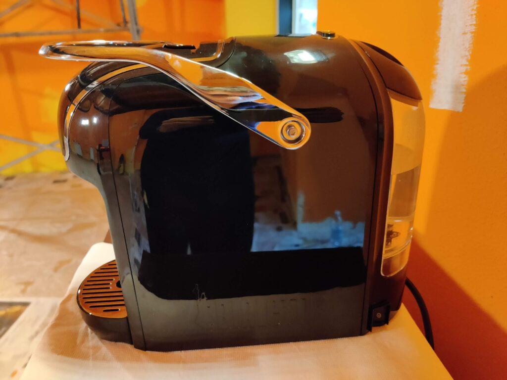 Il design essenziale della macchinetta di Bialetti