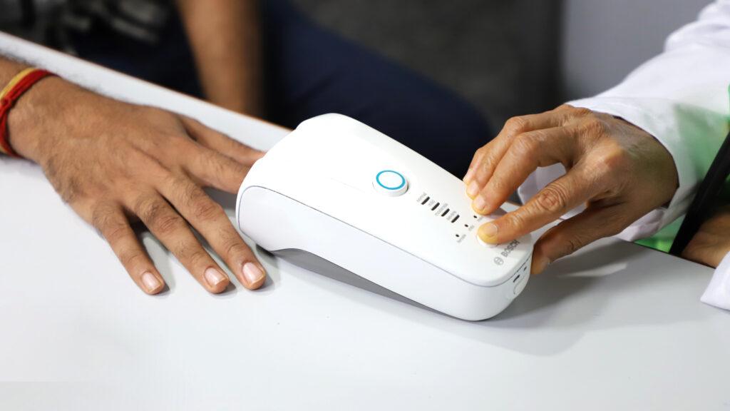 Il rivelatore di emoglobina portatile Bosch Hemoglobin Monitor
