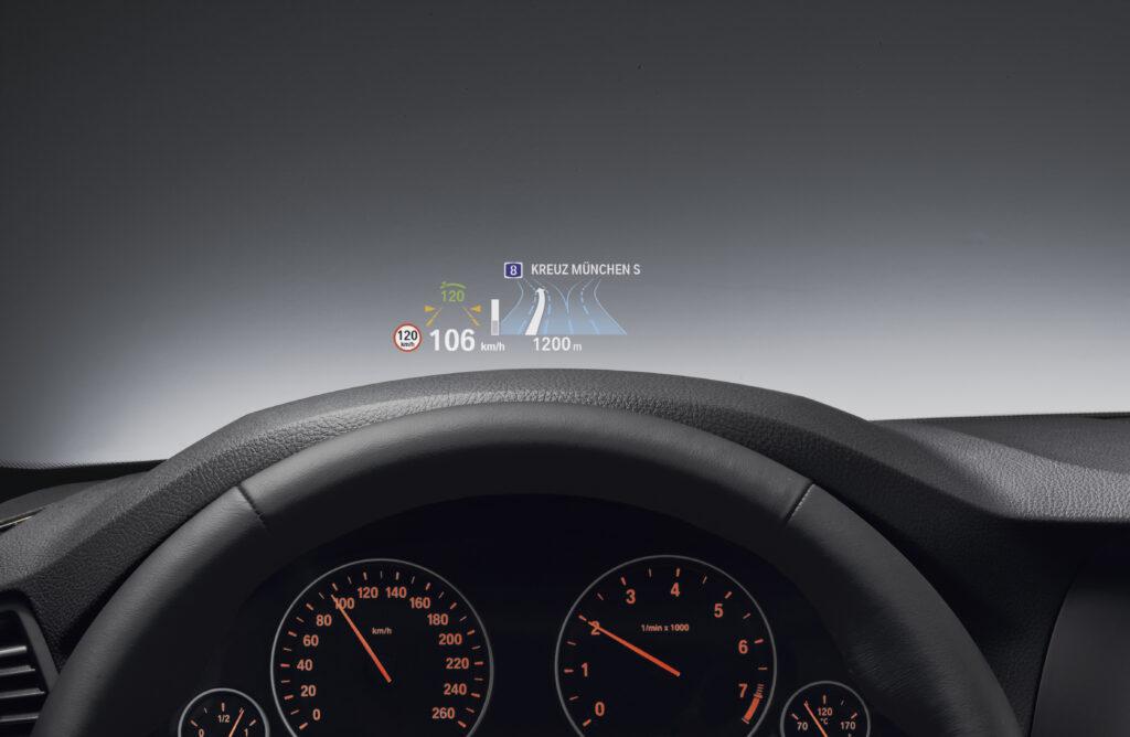 Lo schermo intelligente con BMW iDrive