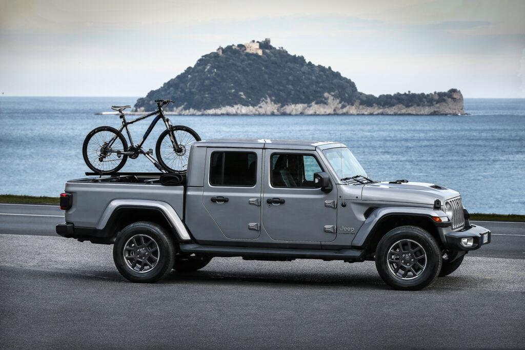 Una foto del nuovo pickup Jeep Gladiator