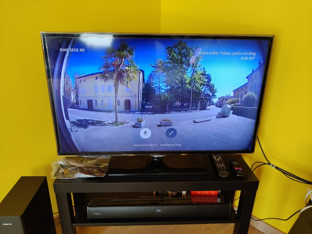 Visualizzazione in Live View tramite Fire TV Cube