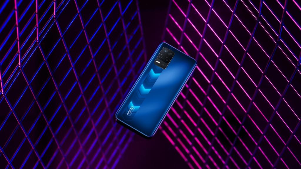 La versione blu di Realme Narzo 30 5G
